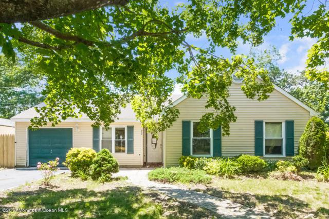 95 Newtons Corner Road, Howell, NJ 07731 (MLS #21725683) :: The Dekanski Home Selling Team