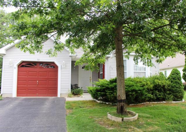 70 Clear Lake Road, Whiting, NJ 08759 (MLS #21726263) :: The Dekanski Home Selling Team
