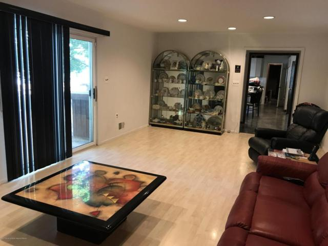 4 Rodin Lane, Marlboro, NJ 07746 (MLS #21728146) :: The Dekanski Home Selling Team