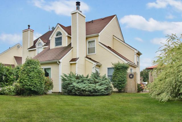5 Hawthorne Court, Freehold, NJ 07728 (MLS #21728171) :: The Dekanski Home Selling Team