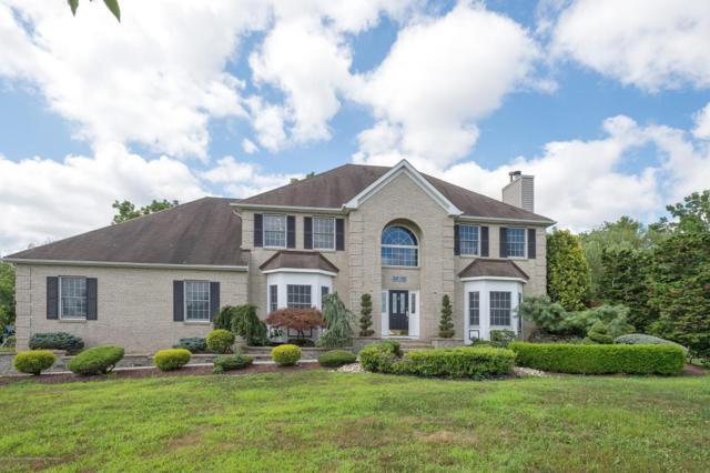 10 Lions Court, Freehold, NJ 07728 (MLS #21729293) :: The Dekanski Home Selling Team