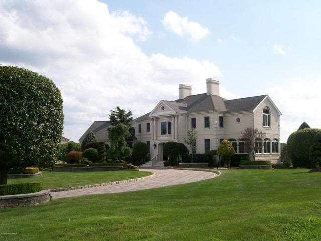 203 Walnut Drive, Morganville, NJ 07751 (MLS #21729908) :: The Dekanski Home Selling Team