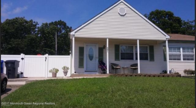 591 Innkeeper Lane, Toms River, NJ 08753 (MLS #21730411) :: The Dekanski Home Selling Team