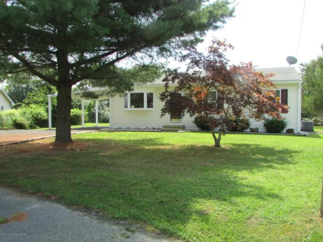 3 Clubhouse Circle, Forked River, NJ 08731 (MLS #21732198) :: The MEEHAN Group of RE/MAX New Beginnings Realty
