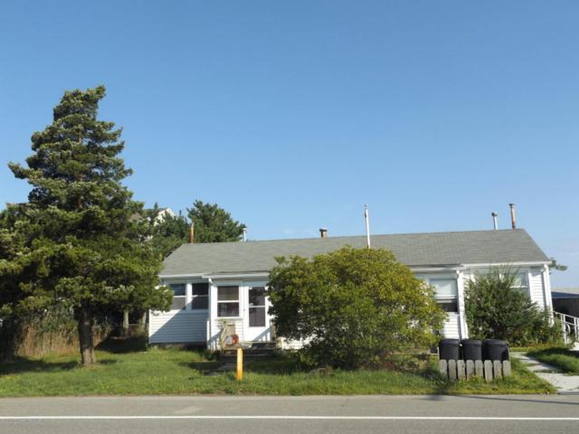 428 E Bay Avenue, Barnegat, NJ 08005 (MLS #21732299) :: The MEEHAN Group of RE/MAX New Beginnings Realty
