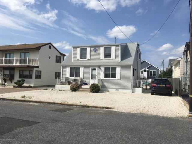 101 New Jersey Avenue, Lavallette, NJ 08735 (MLS #21732633) :: The MEEHAN Group of RE/MAX New Beginnings Realty