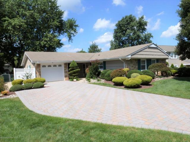 19 Ferland Lane, Aberdeen, NJ 07747 (MLS #21732669) :: The Dekanski Home Selling Team