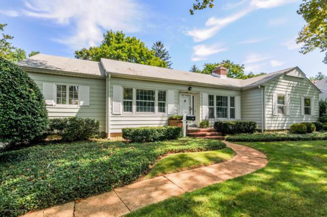 40 Buttonwood Drive, Fair Haven, NJ 07704 (MLS #21733706) :: The Dekanski Home Selling Team