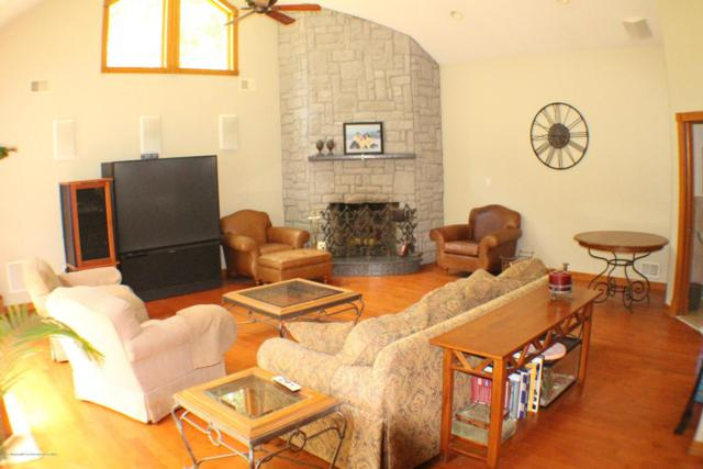 23 Constitution Drive, Leonardo, NJ 07737 (MLS #21733781) :: The Dekanski Home Selling Team