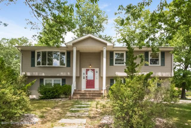 21 Hemlock Road, Howell, NJ 07731 (MLS #21735121) :: The Dekanski Home Selling Team