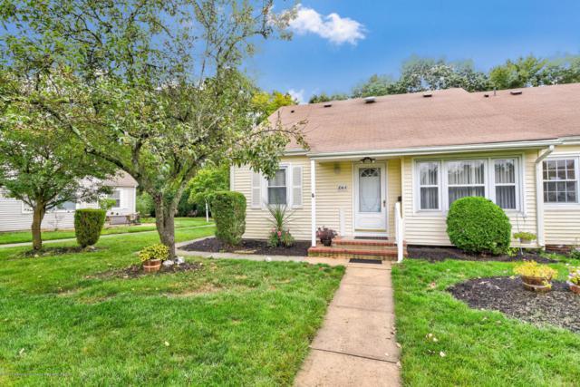 104a Broadgate Court #1000, Freehold, NJ 07728 (MLS #21735158) :: The Dekanski Home Selling Team