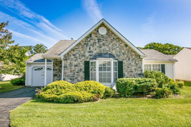123 Farnworth Close #1000, Freehold, NJ 07728 (MLS #21735393) :: The Dekanski Home Selling Team
