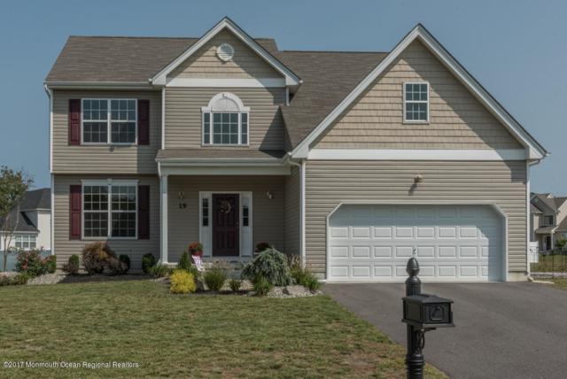 19 Royal Grove Drive, Jackson, NJ 08527 (MLS #21735653) :: The Dekanski Home Selling Team