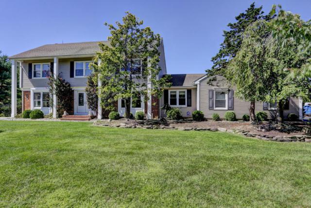 1 Penn Lane, Middletown, NJ 07748 (MLS #21735679) :: The Dekanski Home Selling Team