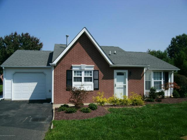 52 Edgeware Close #1000, Freehold, NJ 07728 (MLS #21735882) :: The Dekanski Home Selling Team