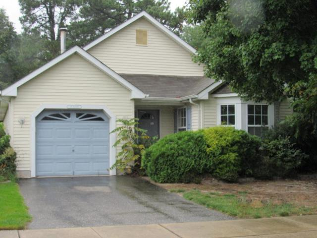 1 Meadows Lane, Whiting, NJ 08759 (MLS #21736034) :: The Dekanski Home Selling Team