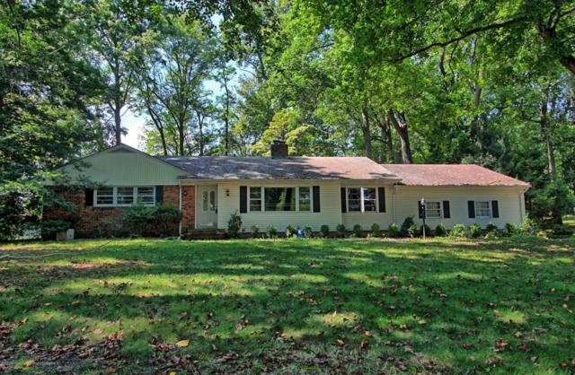 1 Blue Hills Drive, Holmdel, NJ 07733 (MLS #21736368) :: The Force Group, Keller Williams Realty East Monmouth