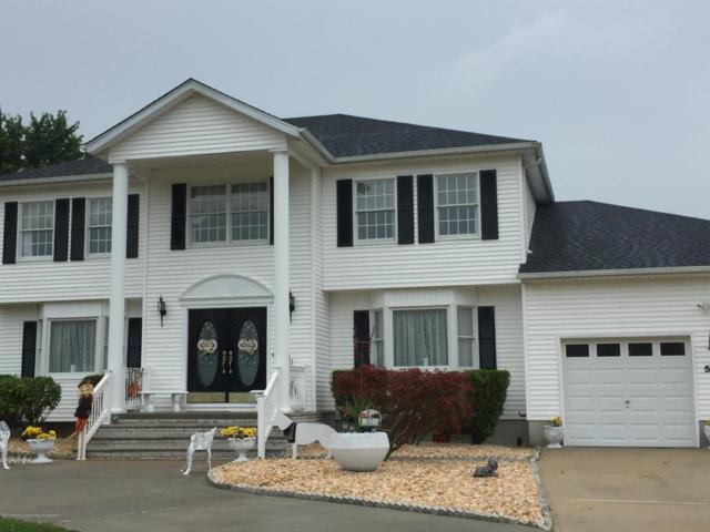 57 Desai Court, Freehold, NJ 07728 (MLS #21736606) :: The Dekanski Home Selling Team
