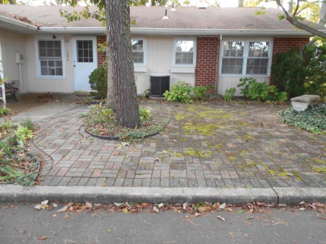 1220a Shetland Drive, Lakewood, NJ 08701 (MLS #21736943) :: The Dekanski Home Selling Team
