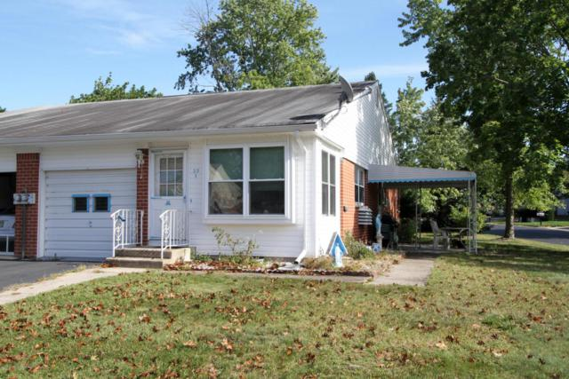 23 Hancock Drive B, Whiting, NJ 08759 (MLS #21737053) :: The Dekanski Home Selling Team