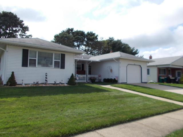 5 Pechanga Street, Toms River, NJ 08757 (MLS #21737770) :: The Dekanski Home Selling Team