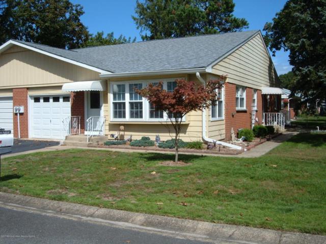 11 Lenape Drive B, Whiting, NJ 08759 (MLS #21737962) :: The Dekanski Home Selling Team