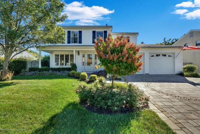 46 Markwood Drive, Howell, NJ 07731 (MLS #21738132) :: The Dekanski Home Selling Team