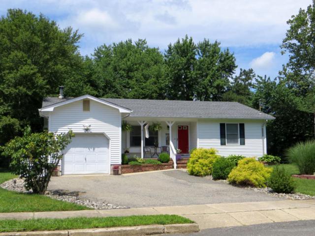 4 Westwood Drive, Howell, NJ 07731 (MLS #21738437) :: The Dekanski Home Selling Team