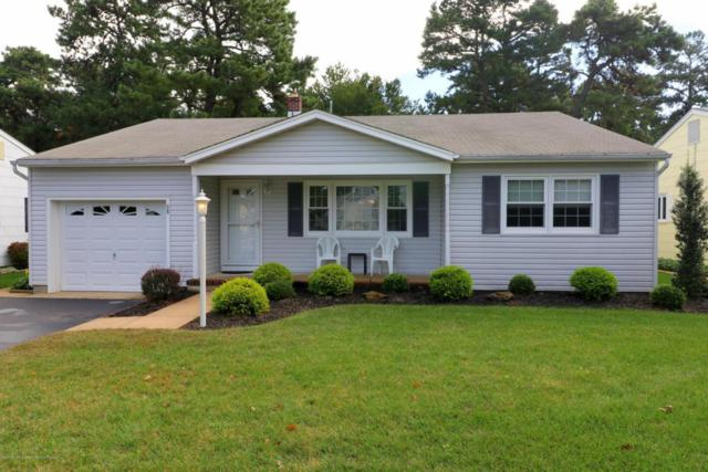 68 Millbrook Drive, Toms River, NJ 08753 (MLS #21738774) :: The Dekanski Home Selling Team