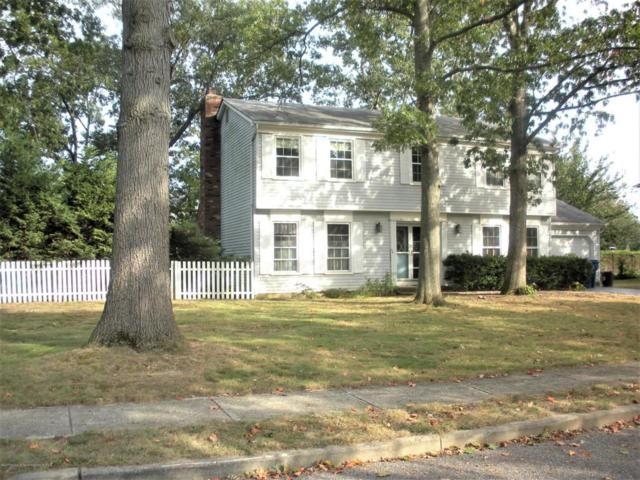 723 Vivian Drive, Toms River, NJ 08753 (MLS #21738854) :: The Dekanski Home Selling Team