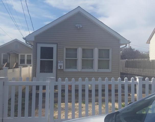 19 Lincoln Court, Keansburg, NJ 07734 (MLS #21738870) :: The Dekanski Home Selling Team