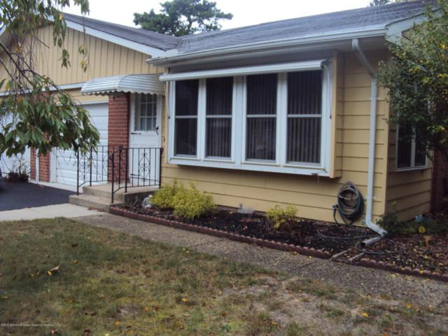 21 Monmouth Lane B, Whiting, NJ 08759 (MLS #21739127) :: The Dekanski Home Selling Team