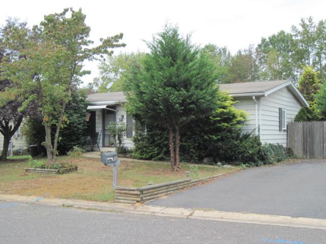 36 Fawn Run, Manalapan, NJ 07726 (MLS #21739410) :: The Dekanski Home Selling Team