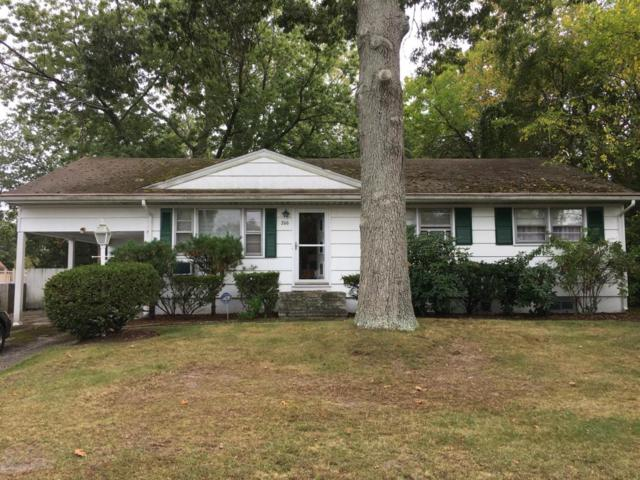 206 Colonial Drive, Brick, NJ 08724 (MLS #21739698) :: The Dekanski Home Selling Team