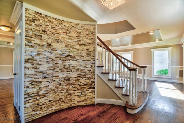 10 Paddock Court, Marlboro, NJ 07746 (MLS #21740545) :: The Dekanski Home Selling Team