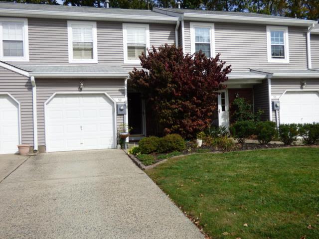52 Birch Lane, Eatontown, NJ 07724 (MLS #21740765) :: The Dekanski Home Selling Team