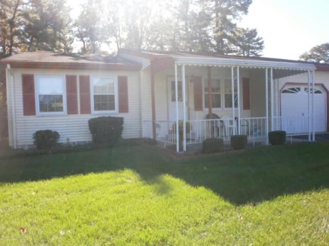 6 Rose Lane, Whiting, NJ 08759 (MLS #21741308) :: The Dekanski Home Selling Team