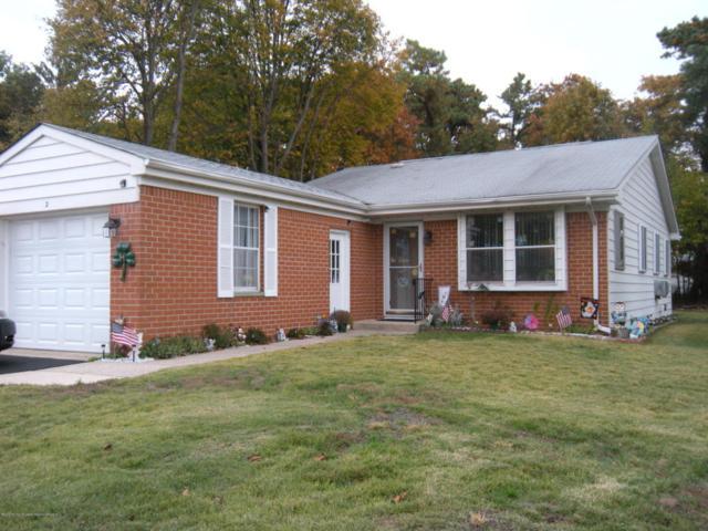 2 Hudson Parkway, Whiting, NJ 08759 (MLS #21742291) :: The Dekanski Home Selling Team