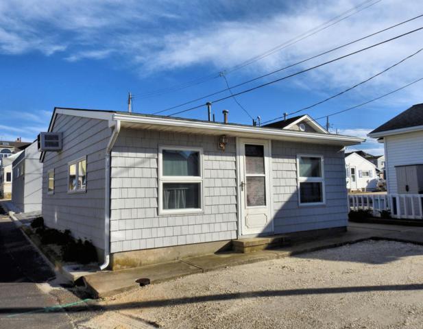 17 E Shell Way, Lavallette, NJ 08735 (MLS #21743027) :: The Dekanski Home Selling Team