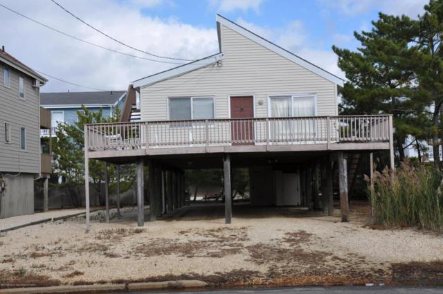 17 W Jeanette Avenue, Beach Haven, NJ 08008 (MLS #21743089) :: The MEEHAN Group of RE/MAX New Beginnings Realty