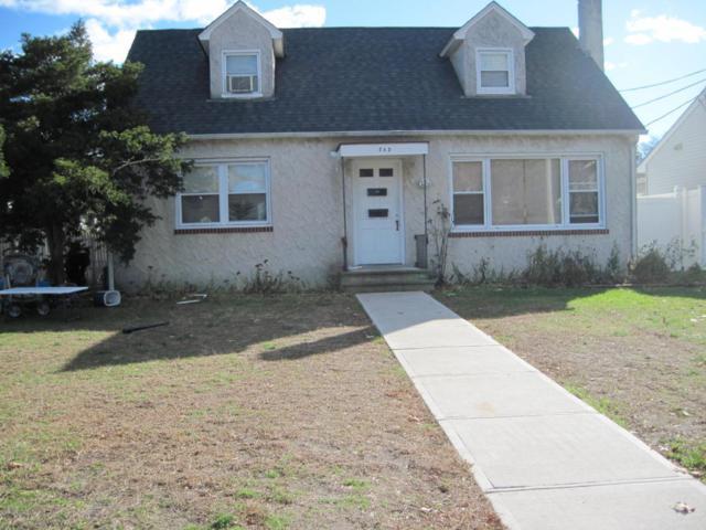 245 Mermaid Avenue, Beachwood, NJ 08722 (MLS #21743835) :: The Dekanski Home Selling Team