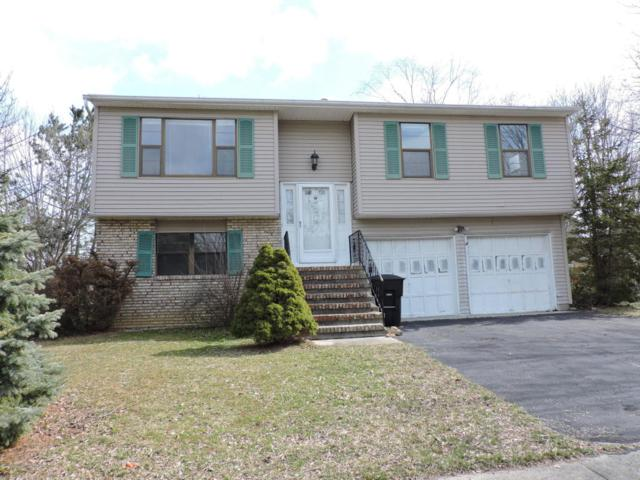 1 Woodmere Court, Barnegat, NJ 08005 (MLS #21801258) :: The Dekanski Home Selling Team
