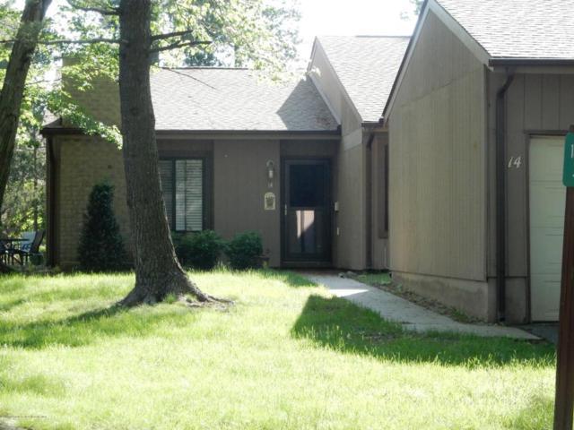 14 Berkshire Court, Red Bank, NJ 07701 (MLS #21821129) :: The Dekanski Home Selling Team