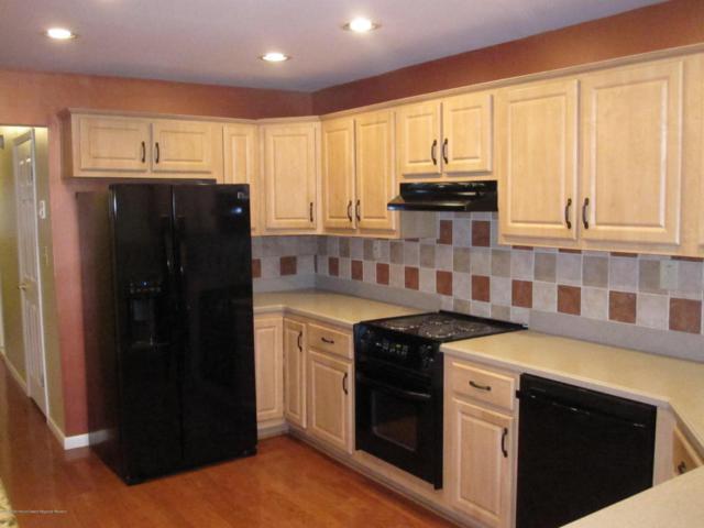 7 Eastport Court, Red Bank, NJ 07701 (MLS #21822395) :: The Dekanski Home Selling Team