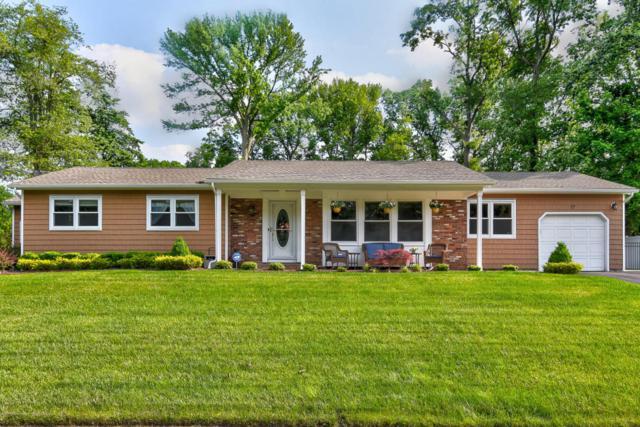 17 Longfellow Terrace, Morganville, NJ 07751 (MLS #21822664) :: The Dekanski Home Selling Team
