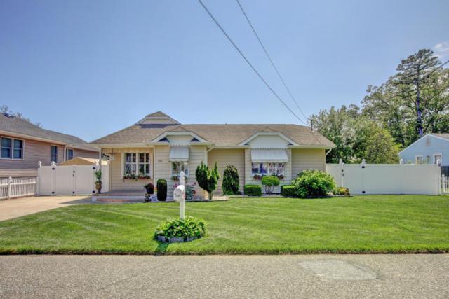 239 Alabama Avenue, Toms River, NJ 08753 (MLS #21823007) :: The Dekanski Home Selling Team