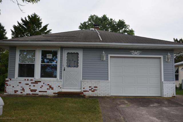 2 Valencia Street, Toms River, NJ 08757 (MLS #21823131) :: The Dekanski Home Selling Team
