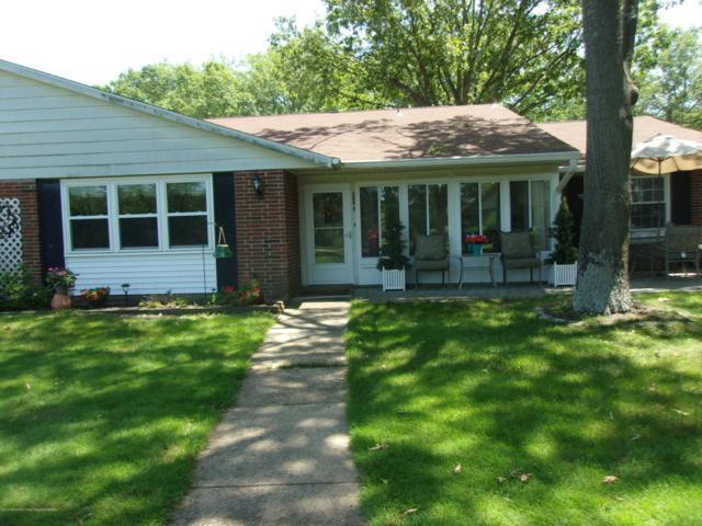 588 Lake Point Drive B, Lakewood, NJ 08701 (MLS #21823975) :: The Dekanski Home Selling Team