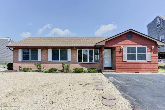 1850 Skiff Court, Toms River, NJ 08753 (MLS #21836025) :: The Dekanski Home Selling Team