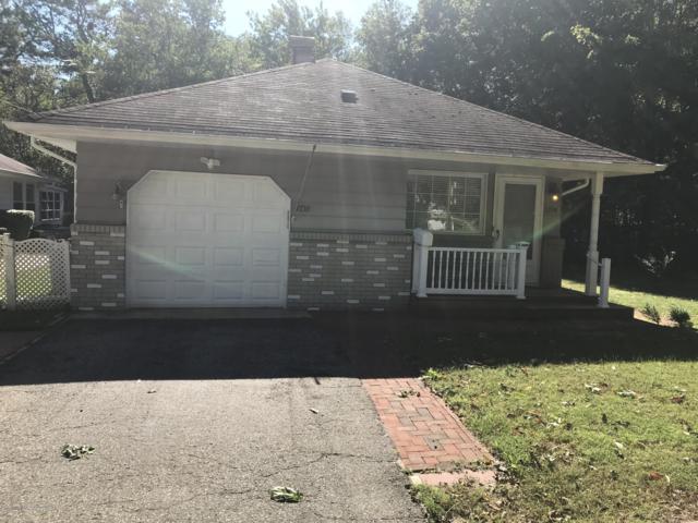 1759 Mount Everest Lane, Toms River, NJ 08753 (MLS #21840228) :: The Dekanski Home Selling Team